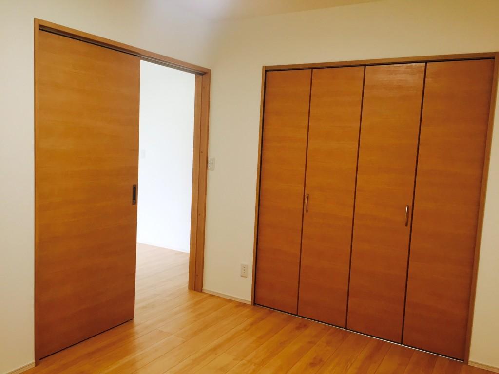 クローゼット付きの洋室もあります