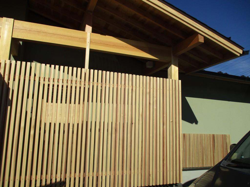 和風の平屋が富士山を正面にするとよく似合います。