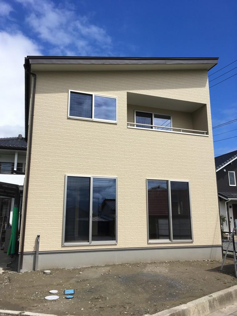 シンプル&コンパクトな建物に仕上がりました。