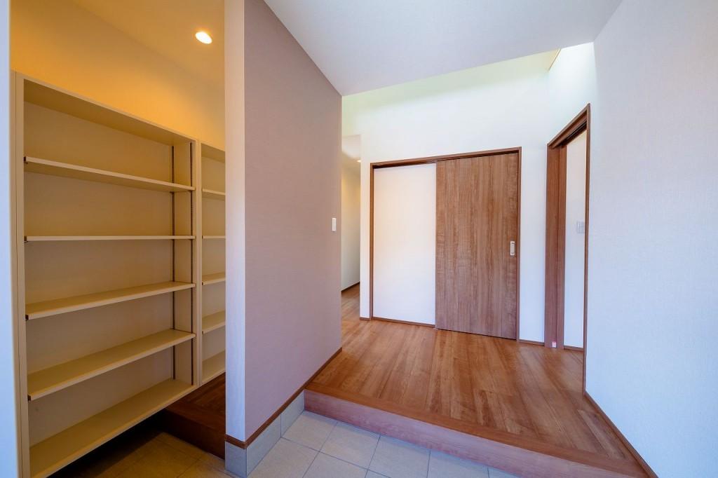 収納量も十分で使いやすい玄関